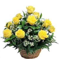 8 Yellow Roses in a Basket